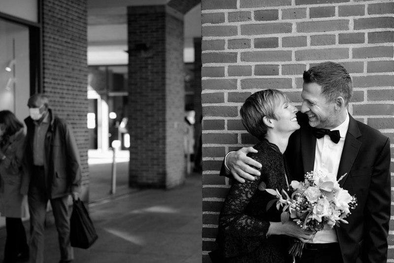Journalistische Hochzeisfotografie München Kuss